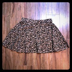 Victoria's Secret Pink Leopard Mini Skirt L